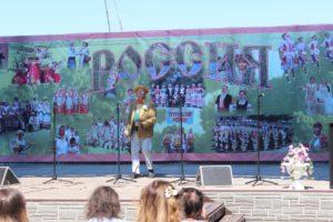 """Солист ансамбля """"Веселка"""" Андрей Володин из г. Шостка, Украина"""